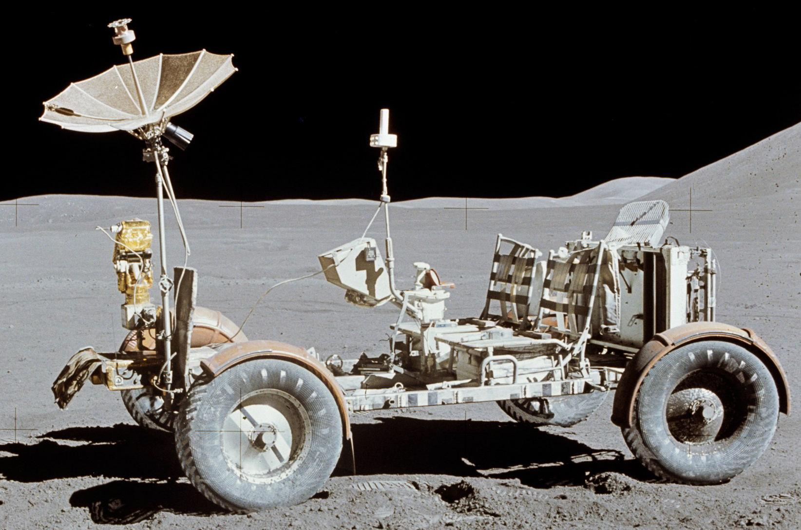 Image - First hydrogen fuel cell vehicle c. 1971.  The keys are still in it, let's go for a ride on the moon. - Post 341
