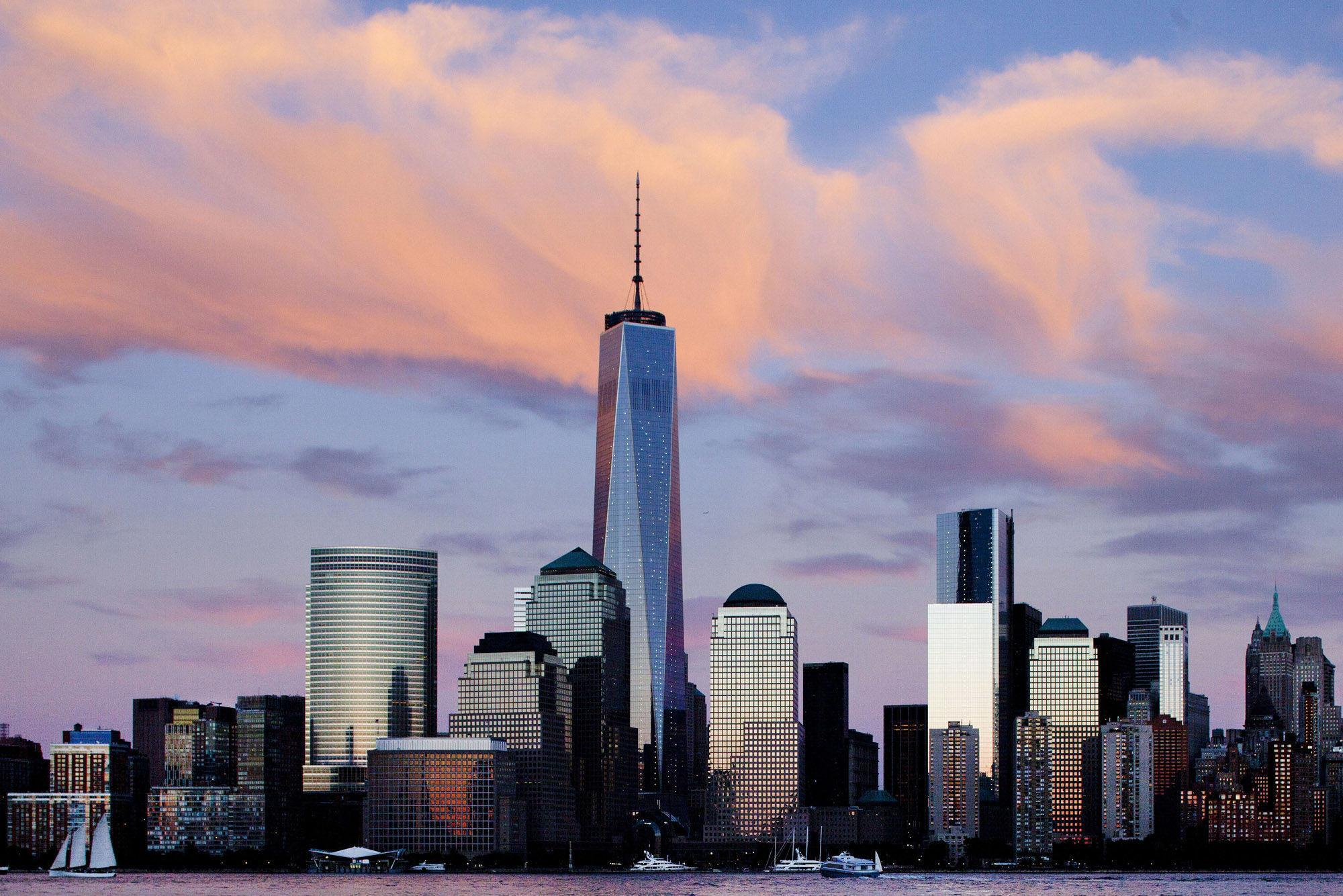 11 year time lapse video of NYC World Trade One construction from Ground Zero to completion.  On May 10, 2013, the fi...