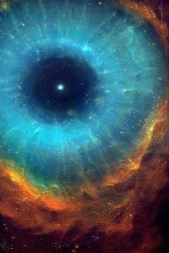 Image - #Hubble  #EyeOfTheCosmos   suggested by #HelenaHandbasket - Post 797